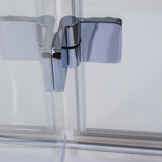 Easy Clean hinges for easy maintenance